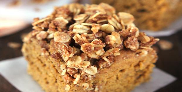 Moist Slow Cooker Pumpkin Streusel Coffee Cake