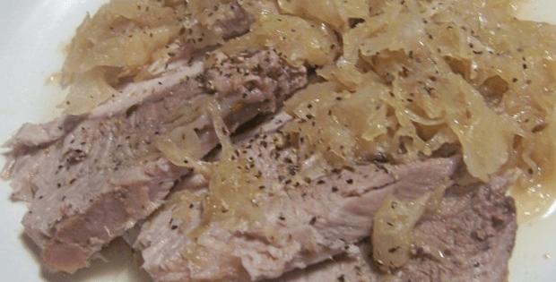 Tender Slow Cooker Pork And Sauerkraut [VIDEO]