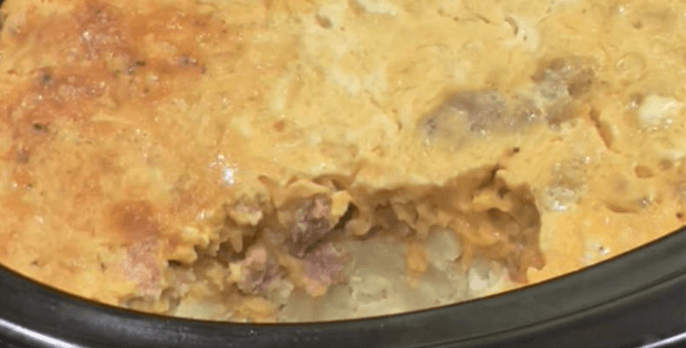 Super Delish Christmas Morning Crock Pot Casserole [VIDEO]