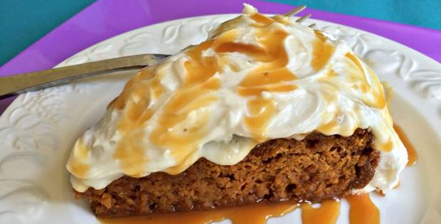 Super Delish Crock Pot Pumpkin Spice Cake [VIDEO]