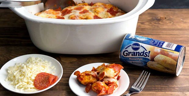 A Crowd-Pleasing Pepperoni Pizza Slow Cooker Bubble-Up Bake